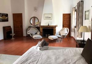 Bedroom-Main-2