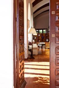 Doorway-075