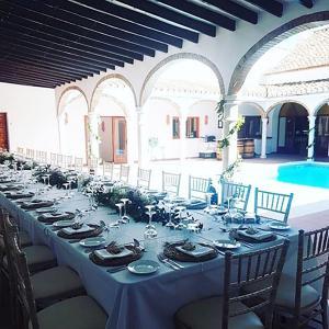 Pool-Wedding