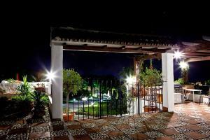 Terrace-Gates-Night-073