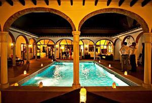 Wedding-Pool-3