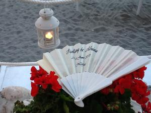 fan printed nerja wedding