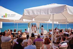 cochrans terrace ceremony 2 brides