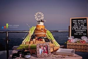 nerja wedding cakes (2) cheese tower