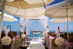 nerja wedding ceremony (1) cochrans terrace