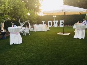 nerja wedding jardines del trapiche drinks reception (10)