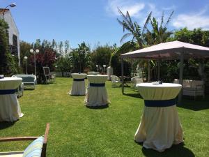 nerja wedding jardines del trapiche drinks reception (2)